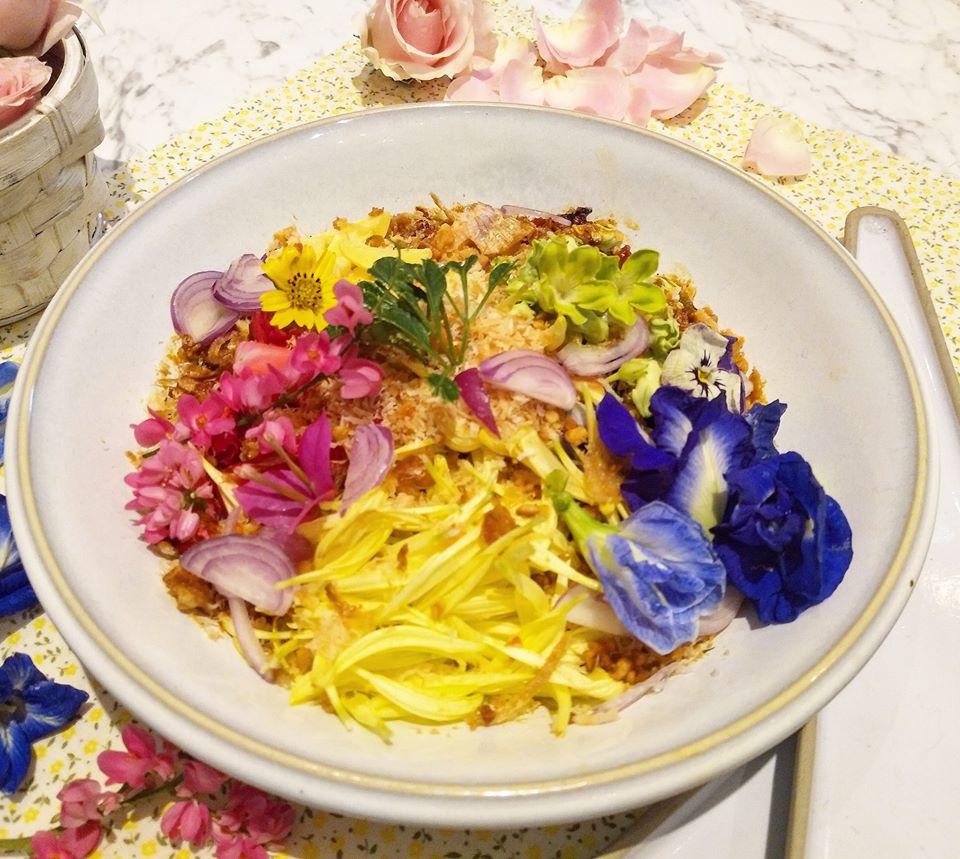 เมนูอาหารไทยที่ทำจากดอกไม้