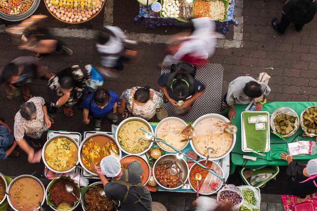 อาหารข้างถนน